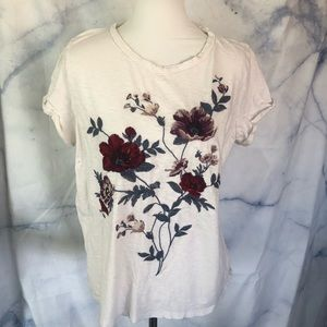AEO embroidered white floral t shirt